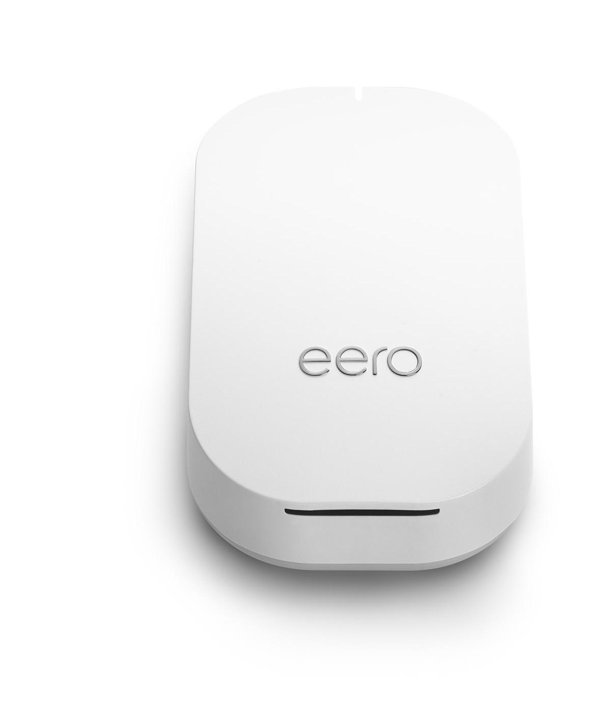 eero Beacon product shots