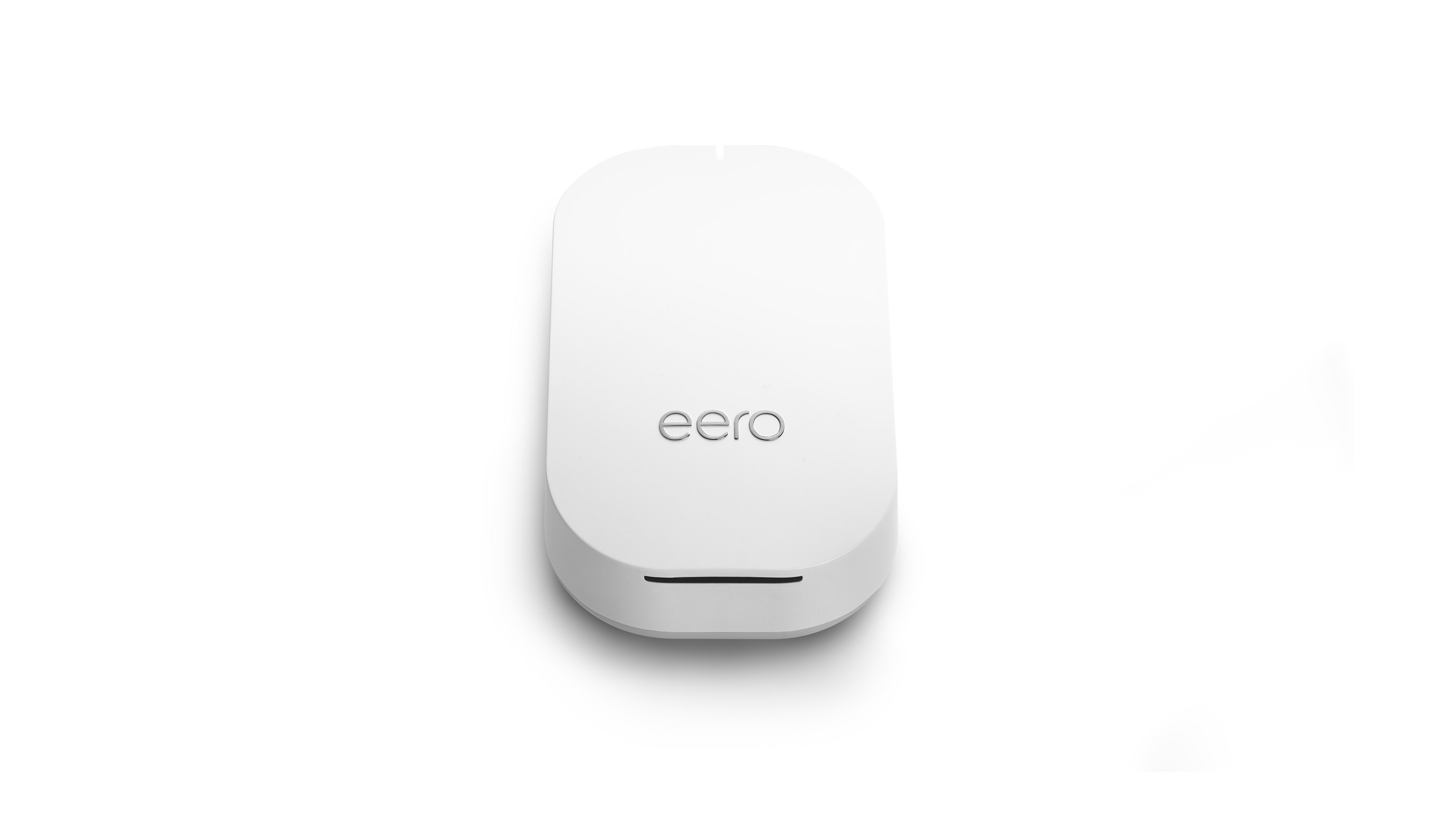 eero Beacon product shots